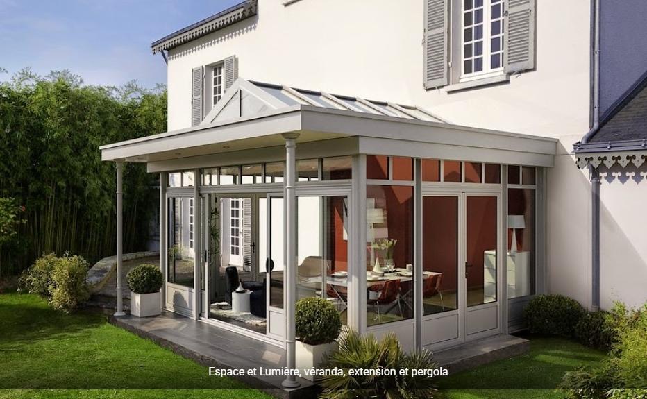 v randa expo vendre espace et lumi re v randa. Black Bedroom Furniture Sets. Home Design Ideas